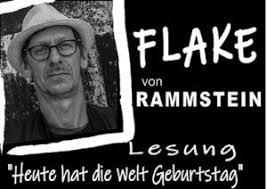 26.3 – Flake liest / Heute hat die Welt Geburtstag @ Globe Wien – Sitzplatz Parterre Mitte – Reihe 5